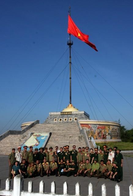 Cột cờ giới tuyến – Cầu Hiền Lương, Quảng Trị