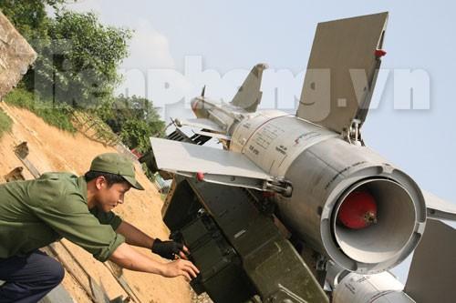 Xem 'Nỏ liên châu' S-125 Pechora truy kích phá địch - ảnh 4