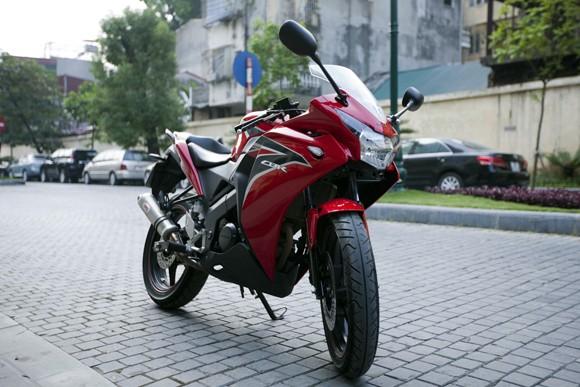 Honda CBR150R 2011: Xe đua 150cc mạnh mẽ - ảnh 3