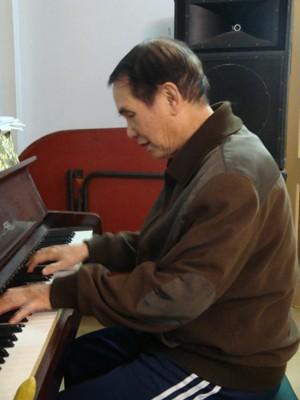 Nhạc sĩ Thế Song