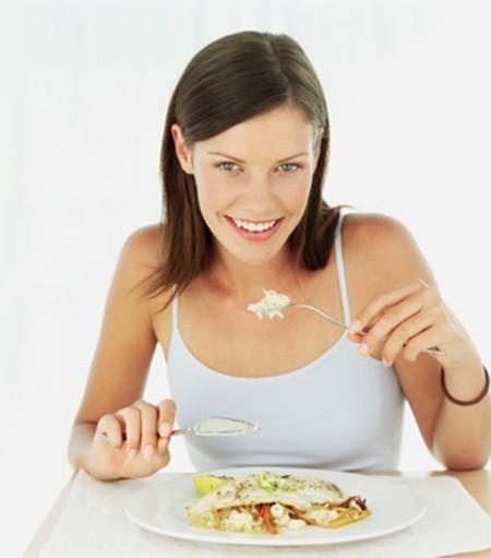 Ăn cá giúp giảm nguy cơ polyp đại tràng - ảnh 1