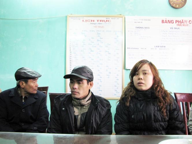 Hai vợ chồng anh Nguyễn Văn Anh và chị Phạm Thị Minh (Hà Nội) bị kẻ gian lấy mất chiếc xe SH
