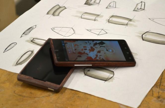 Smartphone Android bằng tre độc đáo - ảnh 1