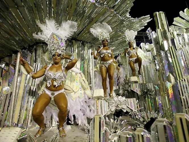 Tưng bừng lễ hội Carnival lớn nhất hành tinh - ảnh 12