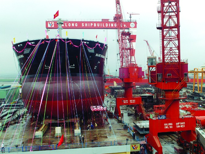 Tàu 53.000 tấn đóng tại Cty Đóng tàu Hạ Long