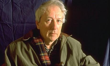 Nhà thơ Tomas Transtroemer. Ảnh: The Guardian