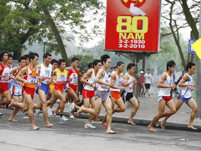 Việt dã toàn quốc và bán marathon giải báo Tiền Phong lần thứ 54 – 2013