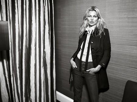 Kate Moss cởi áo khoe... quần - ảnh 8