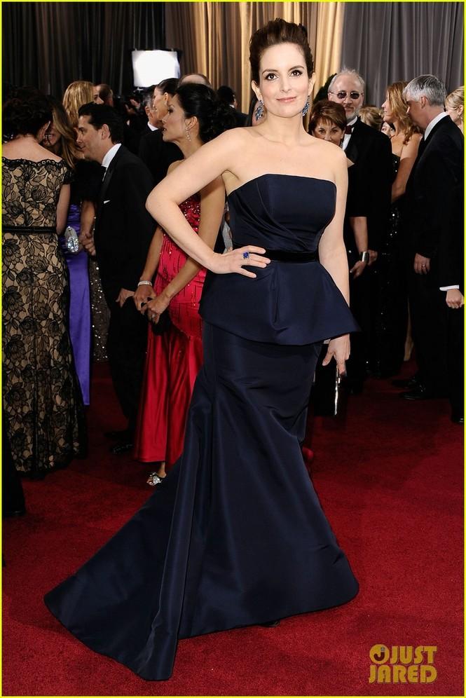 Dàn sao 'bự' đổ bộ thảm đỏ Oscar 2012 - ảnh 21