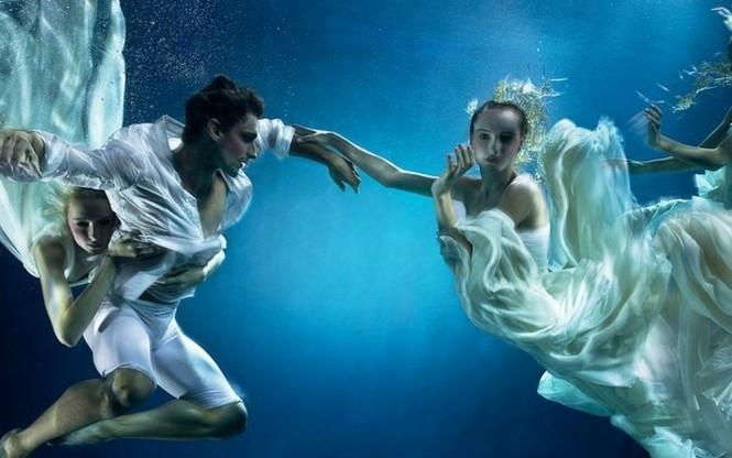 Những bức ảnh dưới nước đẹp mê hồn - ảnh 1