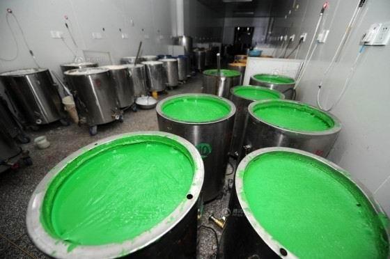 Nhà máy sản xuất vỏ viên nang chứa độc tố từ chất gelatin công nghiệp chứa hàm lượng lớn crom bị đóng cửa