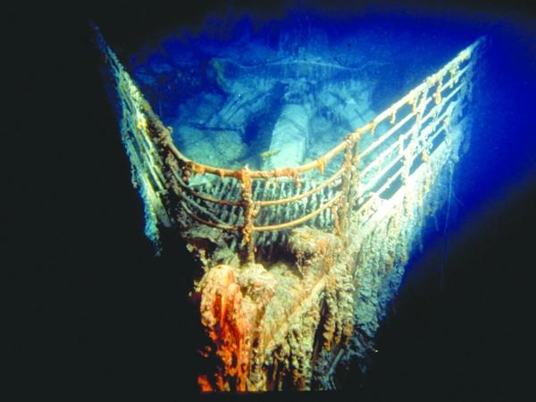 Thăm nghĩa trang nạn nhân Titanic - ảnh 1