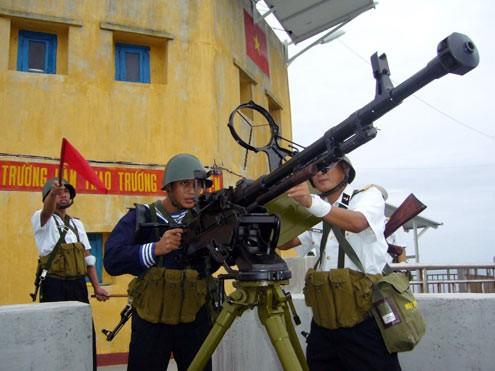 Rèn quân, sẵn sàng chiến đấu bảo vệ Trường Sa - ảnh 10
