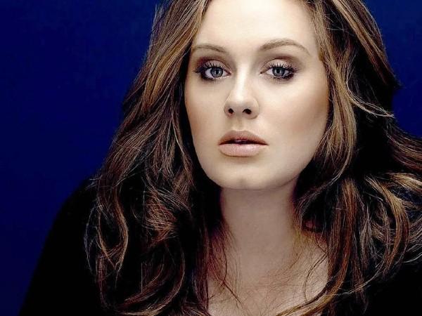 Nữ ca sĩ Anh Adele
