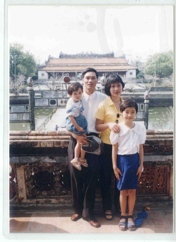 Gia đình Trà My khi đi du lịch Huế