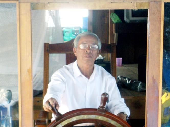 Ông Trần Ban là người cầm bánh lái đầu tiên của tàu khủng