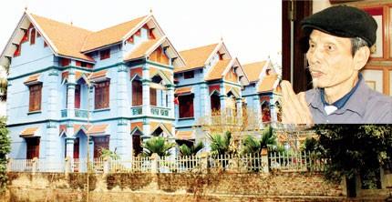 Năm ngôi biệt thự của 5 người con ông Giáo (ảnh nhỏ) được thiết kế y hệt nhau. Ảnh: Gia Đình và Xã Hội