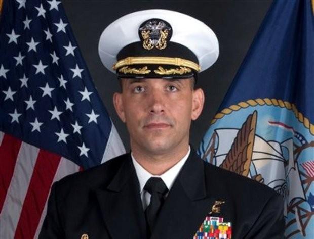 Trung tá Job W. Price
