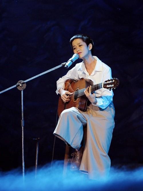 Những mái tóc tém 'thương hiệu' của sao Việt - ảnh 9