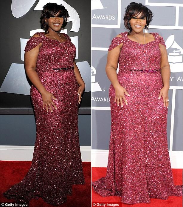 Kelly trên thảm đỏ lễ trao giải Grammy lần thứ 54