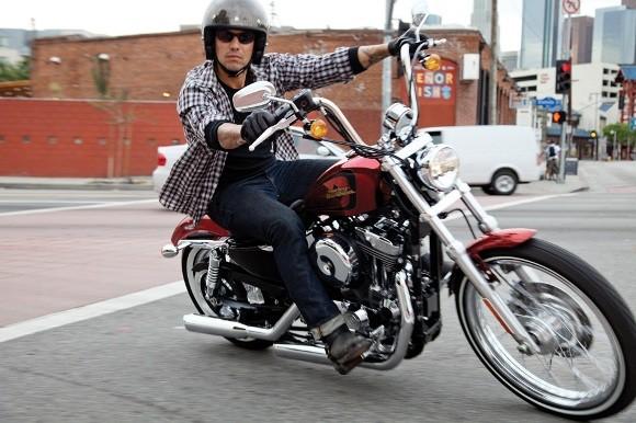 Cận cảnh Harley-Davidson XL883L Seventy-Two - ảnh 5
