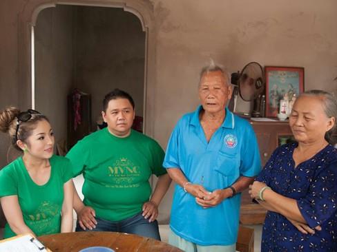 Hà Kiều Anh, Thúy Nga đi từ thiện xuyên Việt - ảnh 8