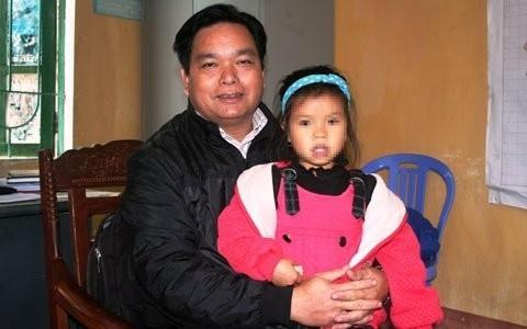 Ông Đại và đứa con gái nuôi