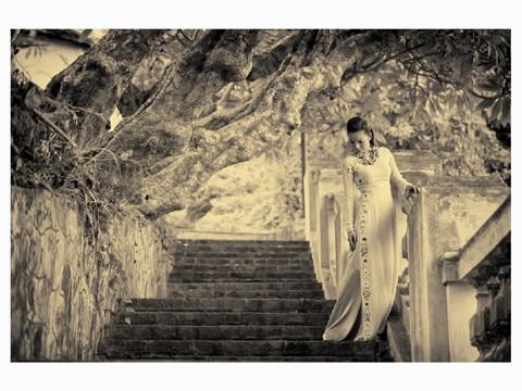 Bảo Trân nữ tính cùng áo dài - ảnh 2