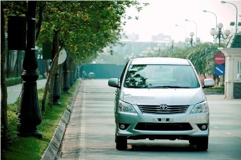 Cận cảnh Toyota Innova 2013 tại Việt Nam - ảnh 2