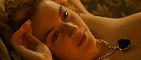 Hollywood cũng 'tuýt còi' cảnh nóng - ảnh 2