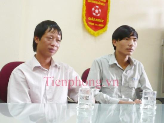 Tài xế xe buýt 34 Đỗ Hữu Long (trái) và phụ xe Nguyễn Chí Thanh (phải) .