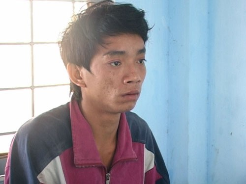 Dỗ con không nín khóc Nguyễn Văn Hùng đã nhẫn tâm ném chết con trai chưa đầy 2 tuổi