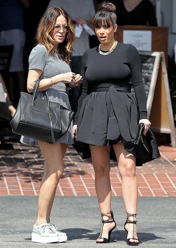 Cô Kim: Có bầu vẫn không bỏ đồ bó và giầy cao gót - ảnh 5