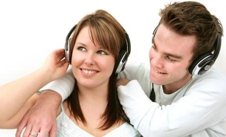 Âm nhạc giúp 'chuyện ấy' thêm hưng phấn - ảnh 1