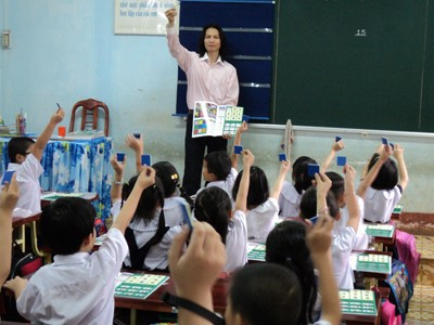 Thầy Hùng giảng dạy thực nghiệm trẻ mầm non (ảnh nhân vật cung cấp)