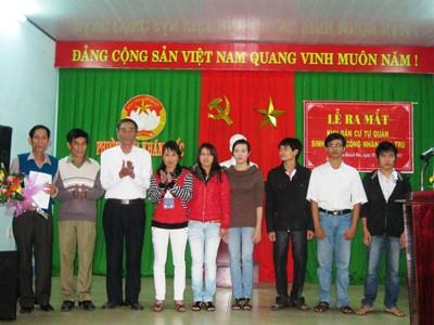 Lễ ra mắt Khu dân cư công nhân sinh viên tự quản tổ 39, phường Hòa Khánh Bắc. Ảnh: H.V