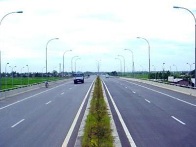 Xe máy không được phép lưu thông trên tuyến đường cao tốc Pháp Vân - Cầu Giẽ từ 1-2-2012