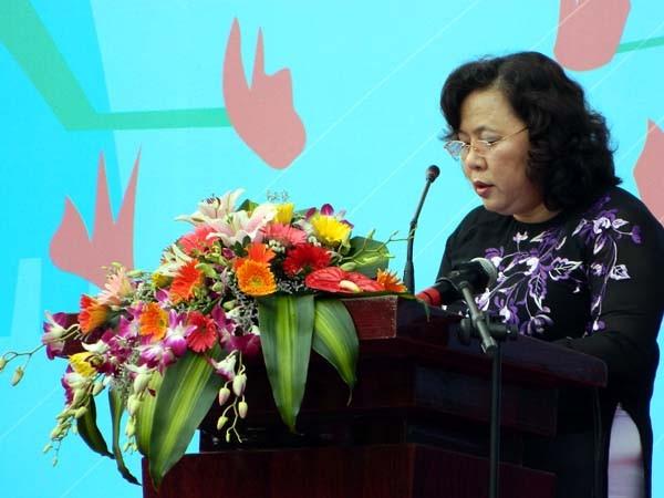 Phó chủ tịch UBND TP. Hà Nội- Nguyễn Thị Bích Ngọc cũng đến tham dự và phát biểu