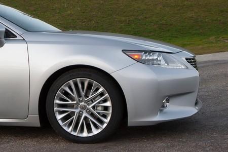 Lexus ES 300h: Sang và 'sạch' - ảnh 7