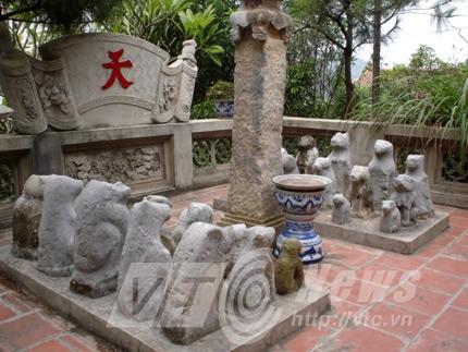 Chó đá được tôn thờ ở