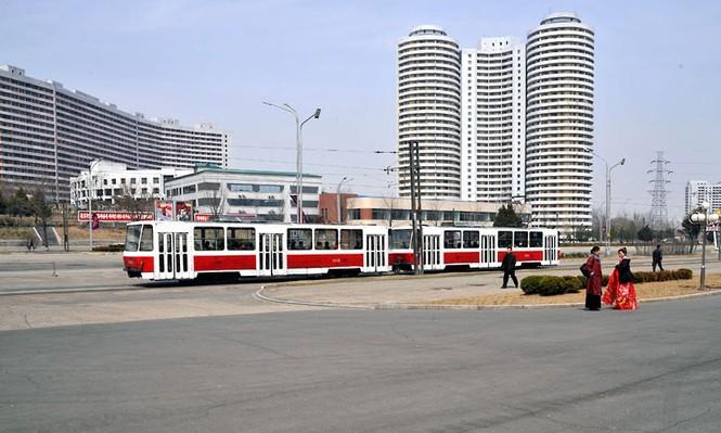 Hình ảnh toa xe điện theo phong cách Đông Âu tại thủ đô Bình Nhưỡng