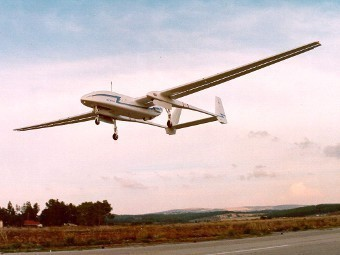 Indonesia dự định mua máy bay không người lái  Heron của công ty IAI – Israel