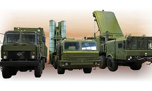 Hệ thống được dự kiến sử dụng các phương tiện của S-400 với các trang bị được nâng cấp, sử dụng các tên lửa tầm xa và siêu xa đã được thiết kế