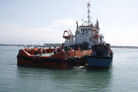 Quảng Nam: 11 ngư dân gặp nạn trở về an toàn - ảnh 2