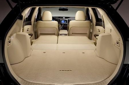 Toyota Venza đời mới tăng giá nhẹ - ảnh 8