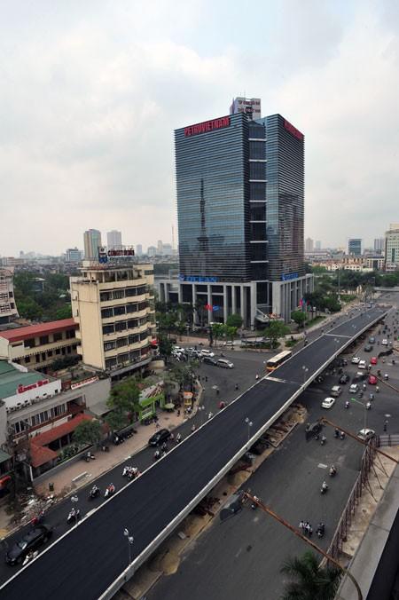 'Mục sở thị' cầu vượt lắp ghép đầu tiên ở thủ đô - ảnh 2