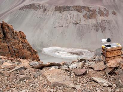 Nước trên sao Hỏa tồn tại giống như tại hồ Don Juan? Ảnh: Labnews