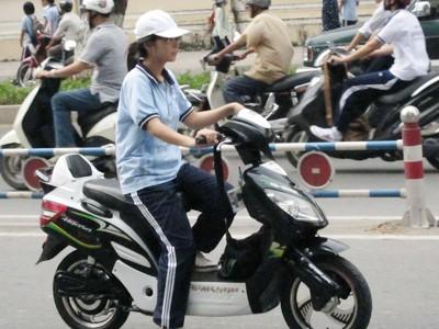 Đi xe đạp điện xịn càng dễ bị để ý