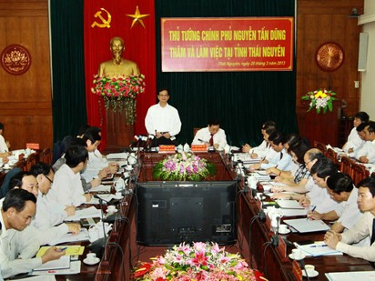 Thủ tướng Nguyễn Tấn Dũng làm việc với lãnh đạo tỉnh Thái Nguyên. Ảnh: Doãn Tấn – TTXVN
