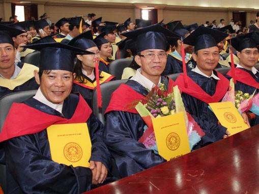 Những học viên nhận bằng thạc sĩ, tiến sĩ tại Trường ĐH Bách khoa (ĐHQG TP.HCM)